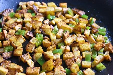 Easy Vegan Breakfast Hash 1