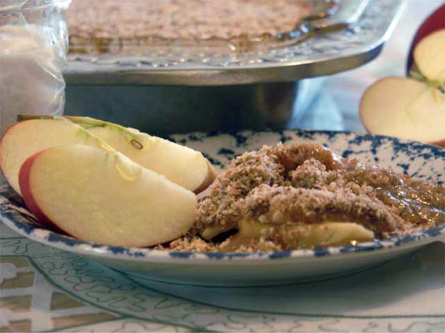 Vegan Apple Crisp 1