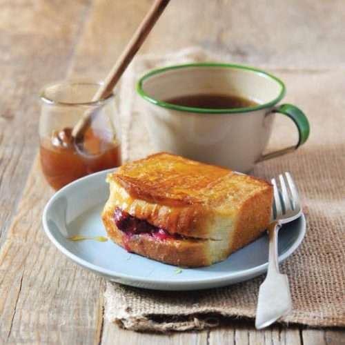 BERRY-STUFFED FRENCH TOAST POCKETS 4