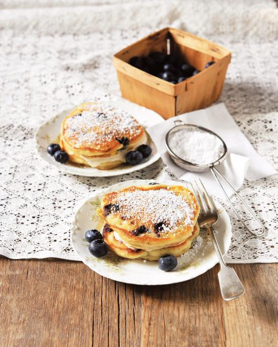 BLUEBERRY AND CORN PANCAKE SANDWICHES WITH LEMONY FILLING 3